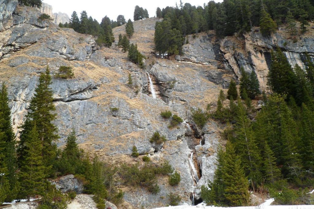 Ещё один водопад в Альпах