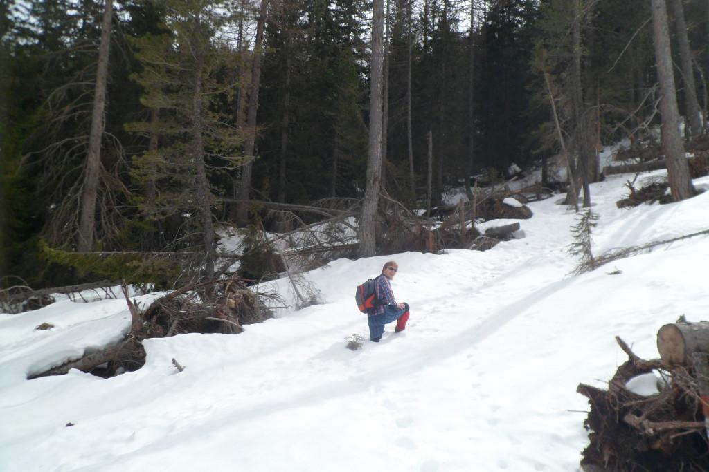 Снег ранней весной в итальянских Альпах