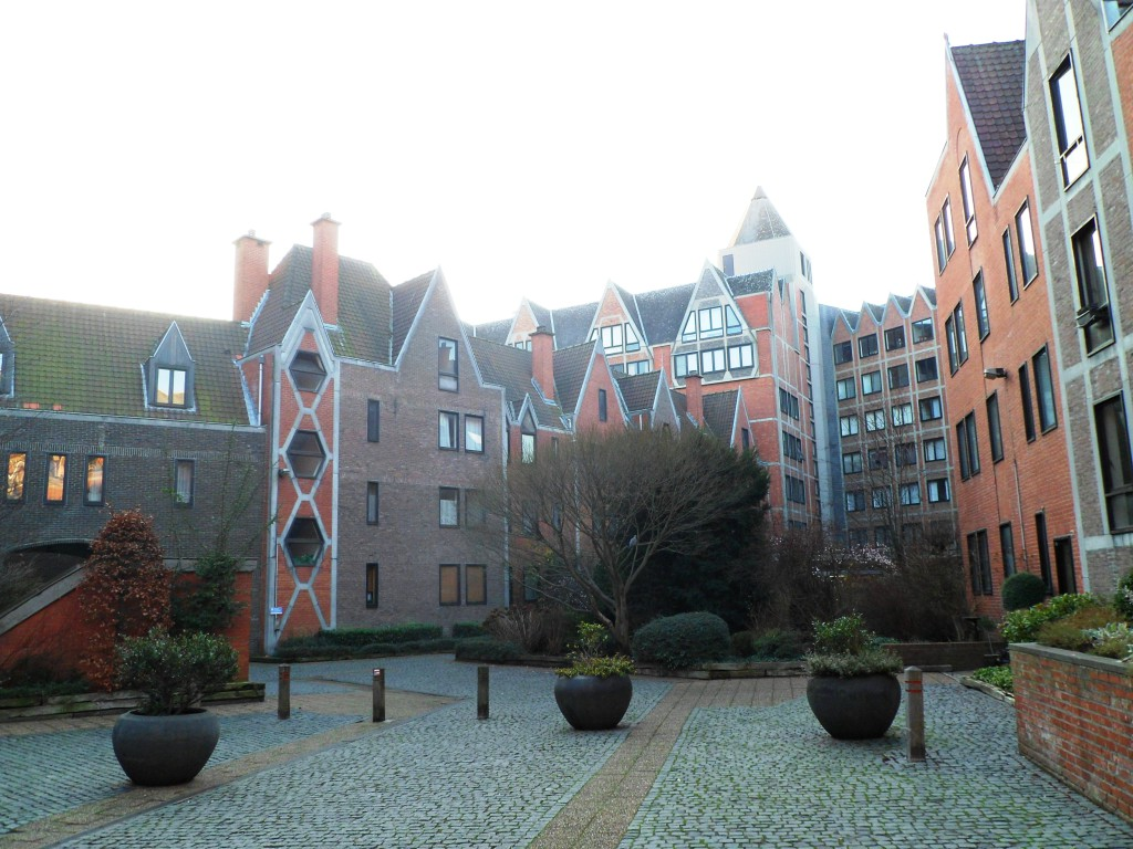 Типичный антверпенский дворик