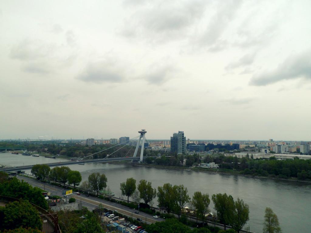 podvesnoi most v Bratislave