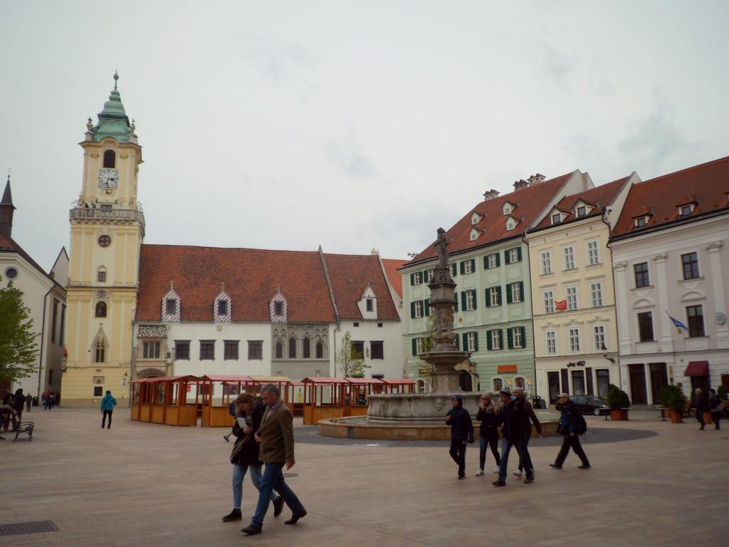 glavnaya ploshad v Bratislave